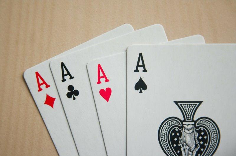 Ein Kartenspiel ist Skat